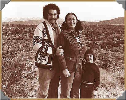 DV1-001-family-1976-b